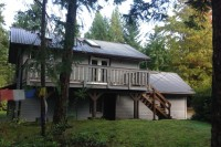 Guest accommodation, workshop, commercial kitchen, and laundry